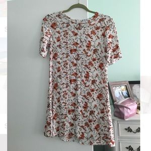 Glamorous Floral Shift Dress Size Small
